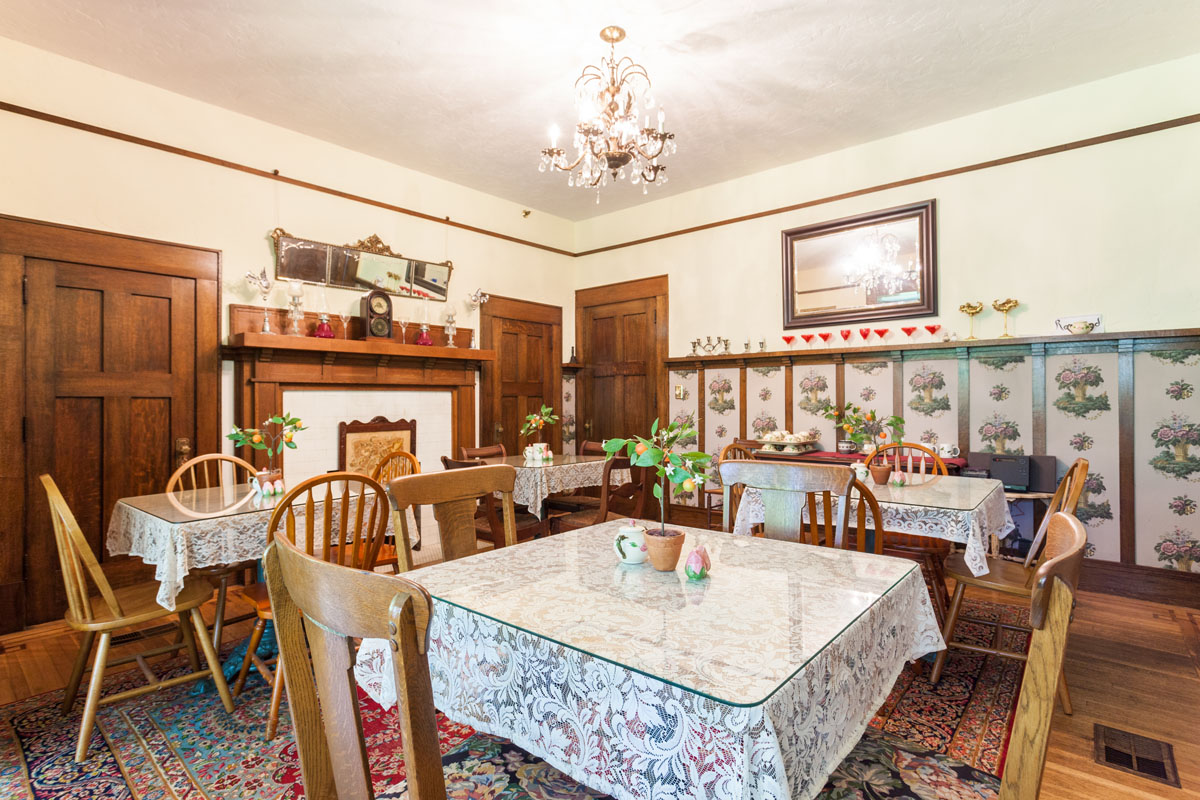 1st-Dining_Room-104