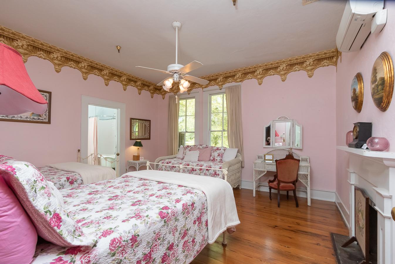 Rose Room | $164*
