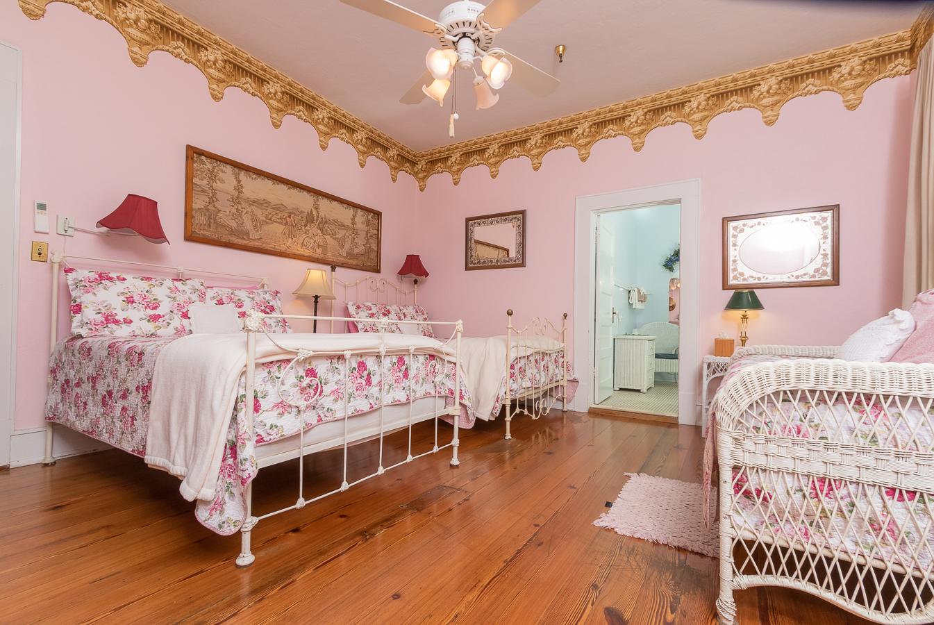 Rose Room | $196.80*
