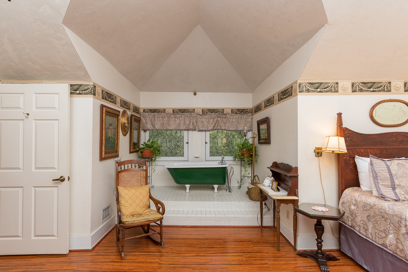 Oak Room | $190.80*
