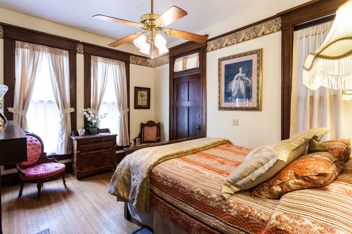 Azalea Suite | $179*