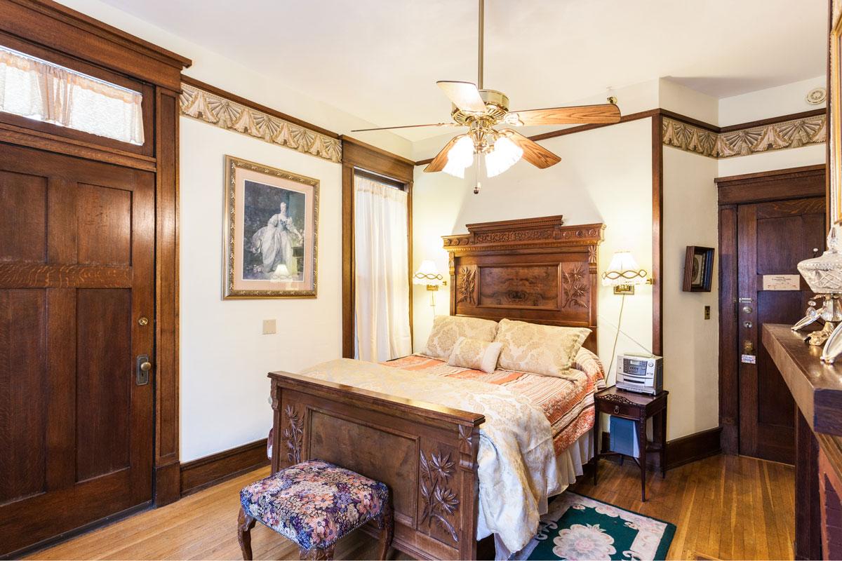 azalea suite