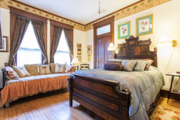 Palm Room | $149*